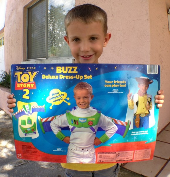 halloween-costume-buzz-lightyear-back-james